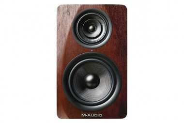 Speakers / Headphones / Amplifiers | M3speaker